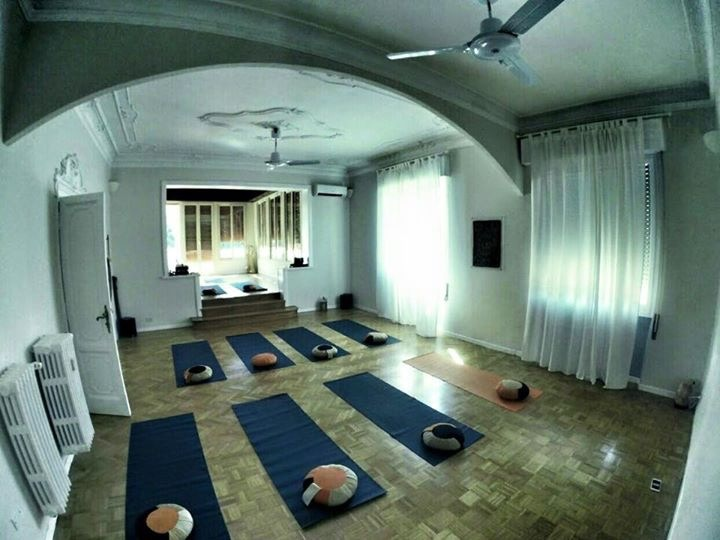 formazione yoga, corsi yoga roma